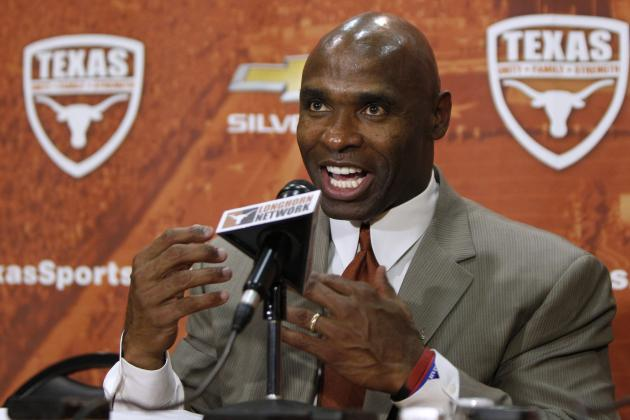 Texas Football: Grading Charlie Strong's 2014 Coaching Staff
