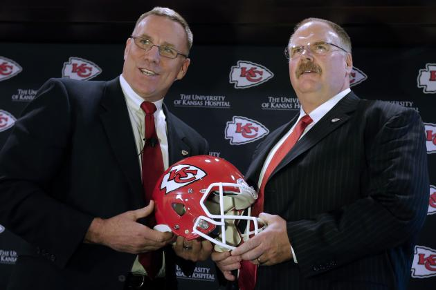 Kansas City Chiefs: 6 Things They Must Do This Offseason