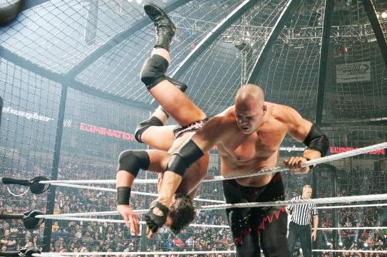 WWE Elimination Chamber 2014: 6 Things Every Fan Must Know