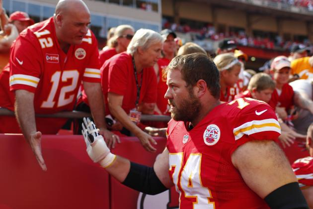 2014 NFL Free Agency: 4 Players That the Kansas City Chiefs Need to Re-Sign