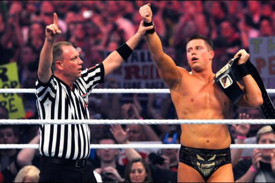 WrestleMania 30: Power Ranking Biggest Upsets in Event's History