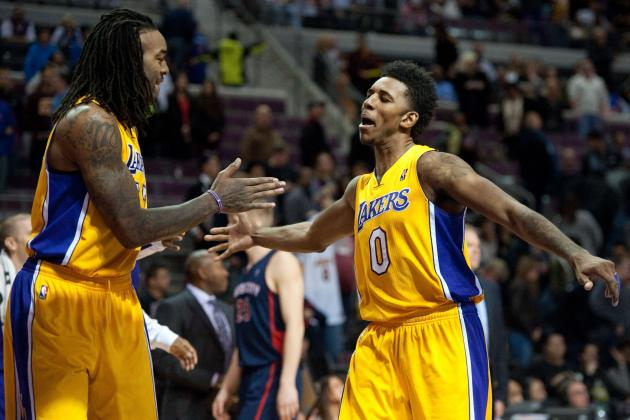 Which Lakers from 2013-14 Roster Will Be Back Next Season?