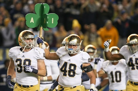 Notre Dame Football: Who Will Man Middle of Irish Linebacking Corps?