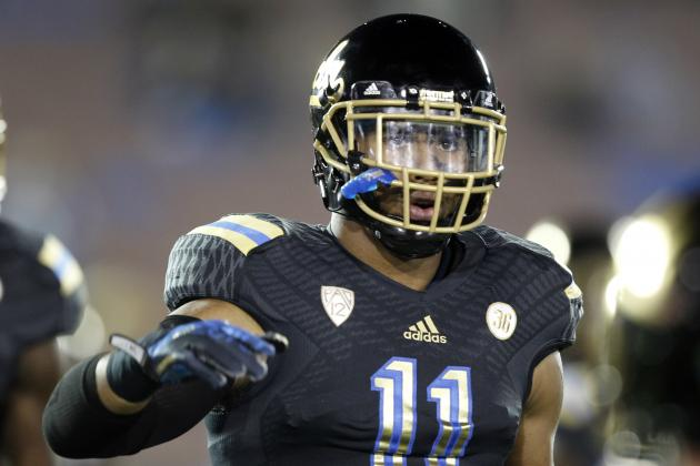 Who Are the Experts Predicting to Tennessee Titans in 1st Round of NFL Draft?
