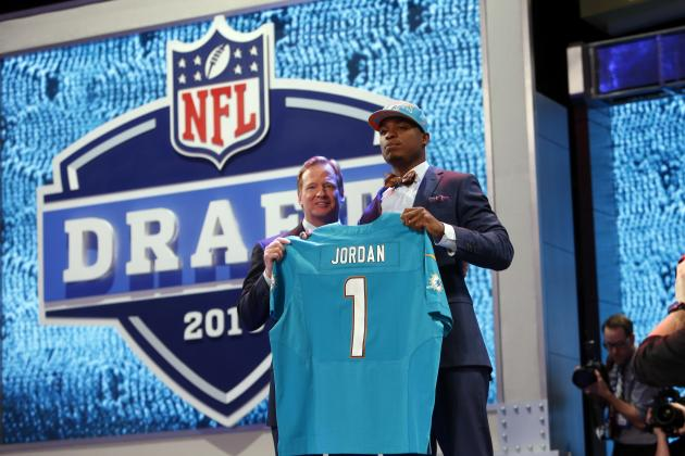 Assigning Odds to Every Potential Miami Dolphins 1st-Round Pick