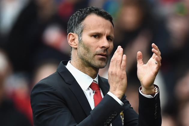 Paper Gossip: United's Giggs Problem, Reds Eye New Ballack, Sagna Exit and More
