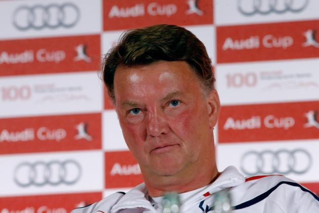 5 Reasons Why Manchester United Should Go for Louis van Gaal
