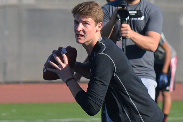 7 Recruits Who Could Join 4-Star QB Blake Barnett at Notre Dame