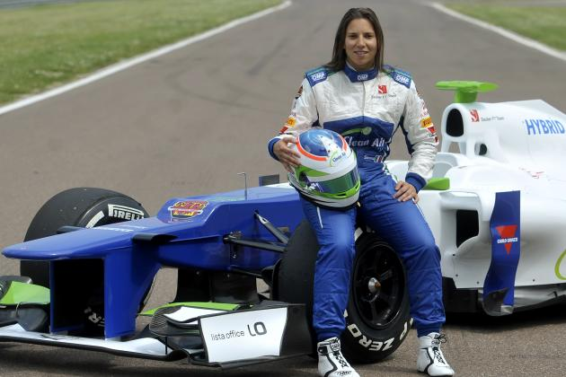 Ranking Simona De Silvestro and Susie Wolff's Chances of an F1 Race Seat in 2015