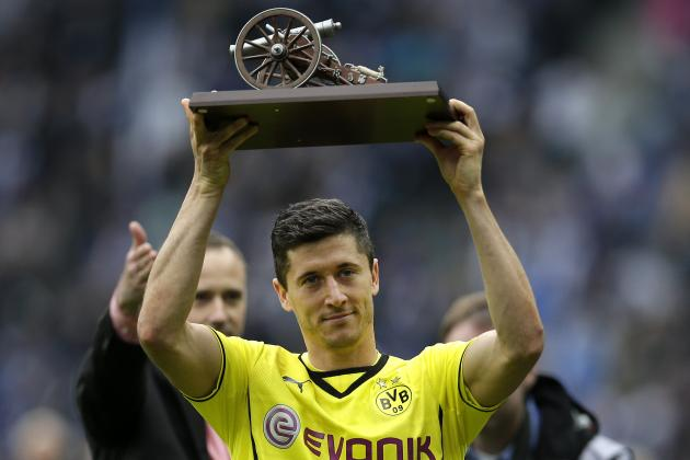 Lewandowski's Last Stand and the Top 5 Players Around the World This Weekend