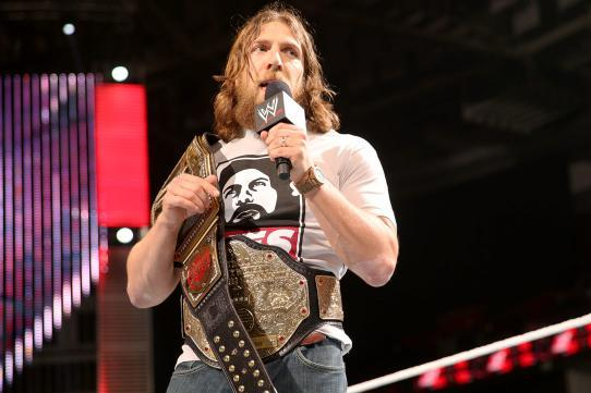Top 5 Contenders If Daniel Bryan Vacates the WWE World Heavyweight Championship