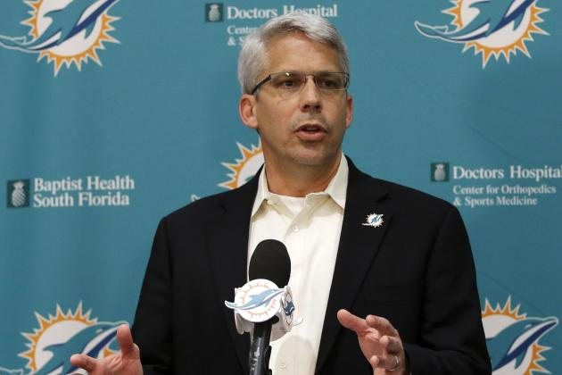Miami Dolphins: Ranking Remaining Offseason Priorities