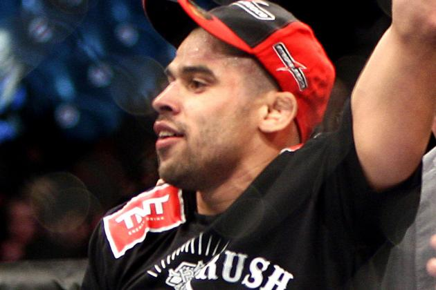 UFC 173 Results: Grades for Every Main Card Fighter