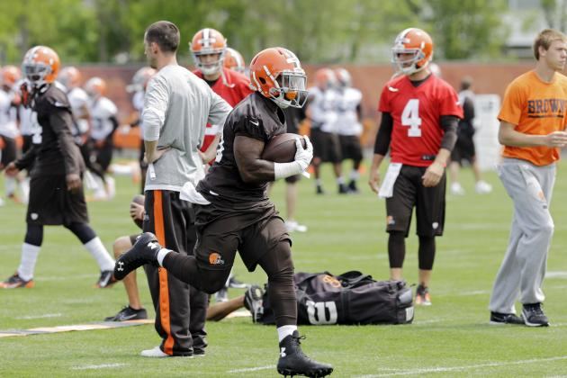 Most Intriguing Rookie Storylines at Cleveland Browns OTAs
