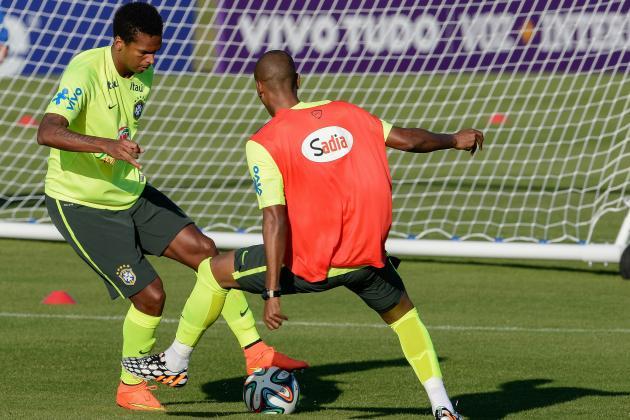5 Things Luiz Felipe Scolari Should Test in Brazil's Friendly vs. Serbia