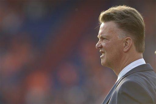 Netherlands vs. Spain: Key Selection Decisions for Louis van Gaal
