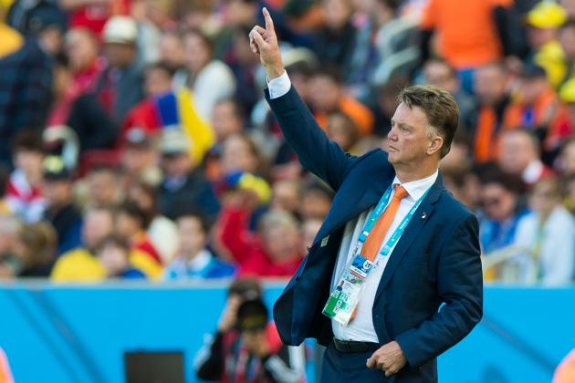 Key Tactical Decisions for the Netherlands in World Cup Clash with Chile