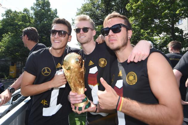 Paper Gossip: Man Utd Take