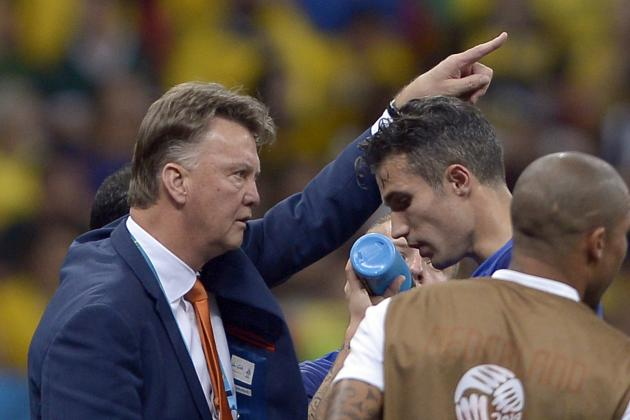 Paper Gossip: Van Gaal Ready to Wield the Axe, Chelsea Join Khedira Chase