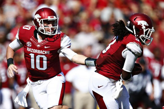 College Football Week 1 Picks: Arkansas Razorbacks vs. Auburn Tigers