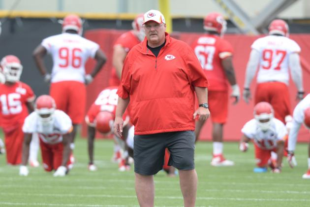 Kansas City Chiefs: Grading Every Position Unit at the Start of Camp