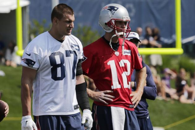 Breaking Down the New England Patriots' Options at Tight End
