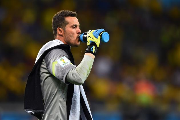 5 Potential Long-Term Successors to Julio Cesar as Brazil Goalkeeper