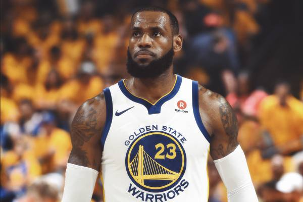 1a5c3c13c26d Report  LeBron Open to FA Talks with Warriors