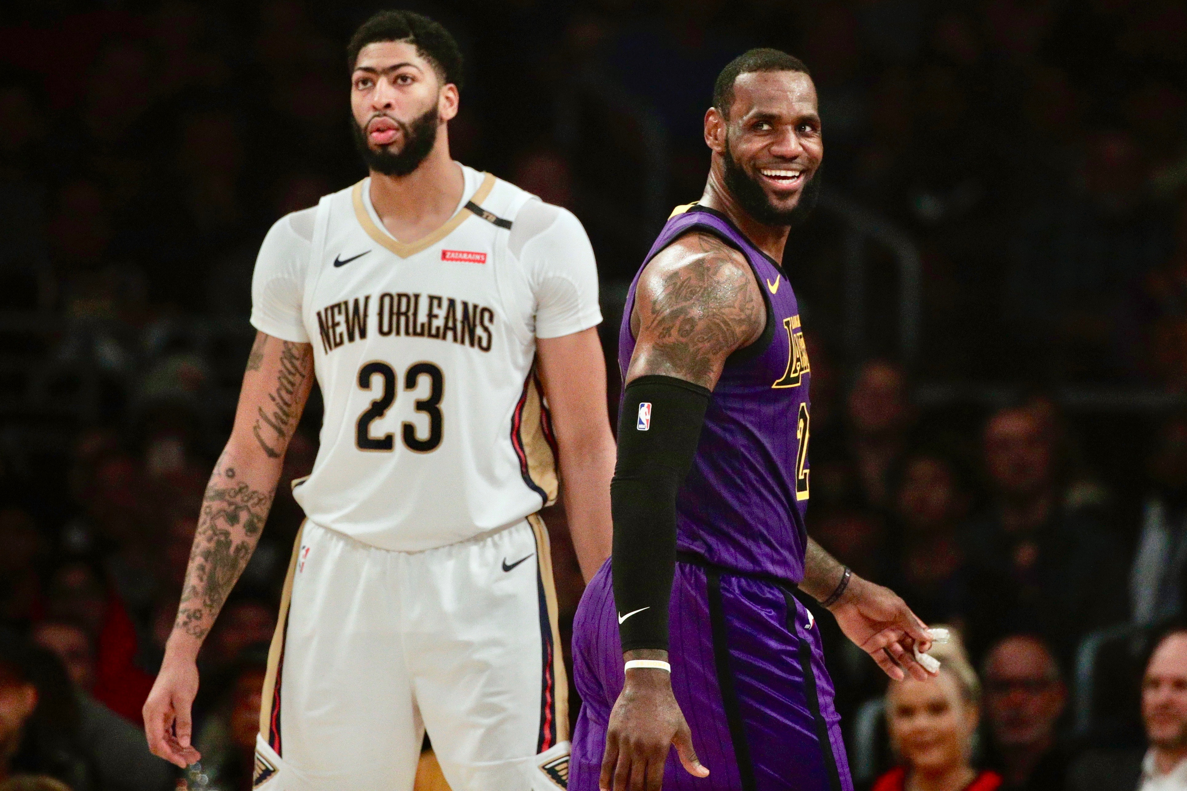 6cc0746afb9 Kawhi Leonard Rumors: Lakers to Pursue Raptors Star After Anthony Davis  Trade | Bleacher Report | Latest News, Videos and Highlights