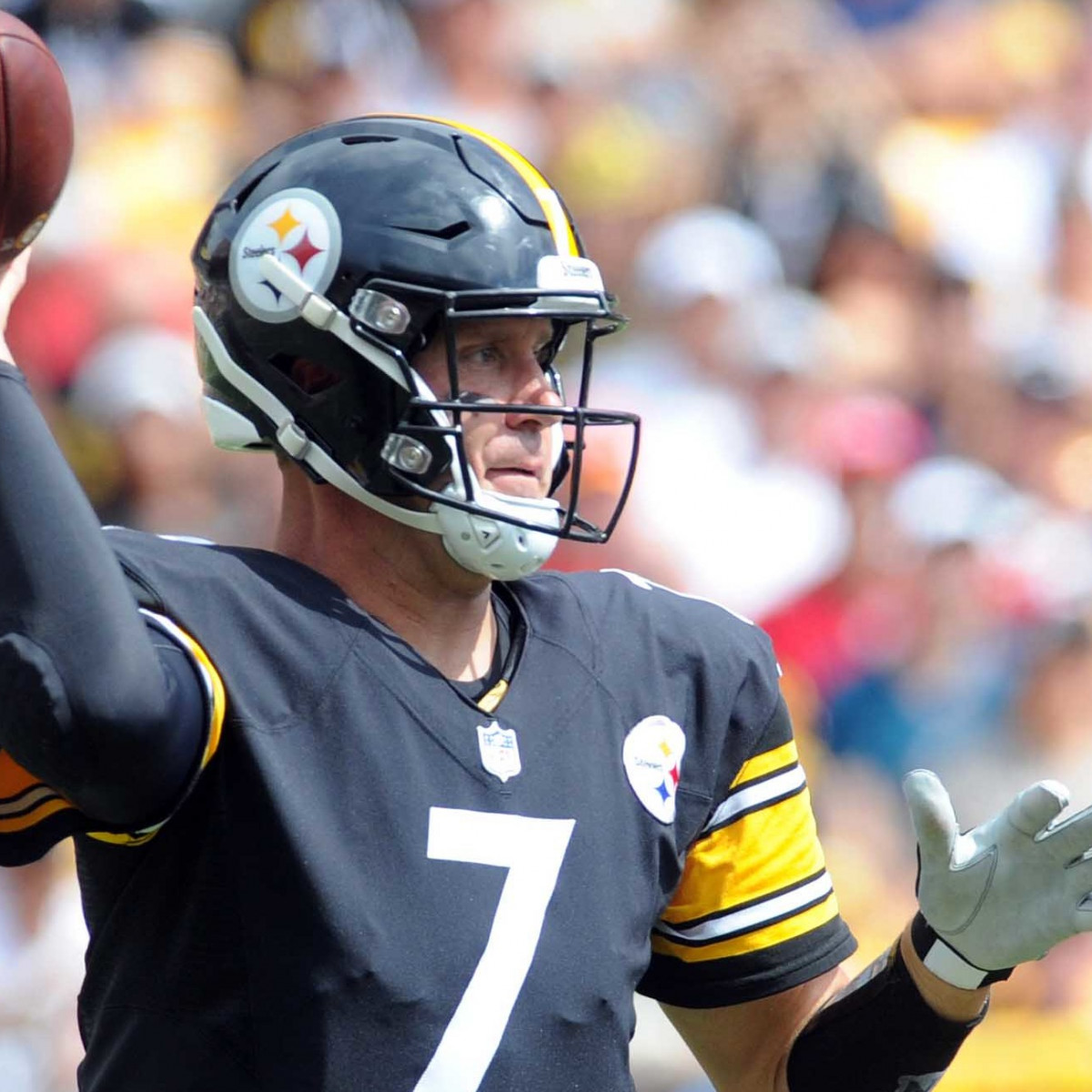 Tampa Bay Buccaneers vs. Pittsburgh Steelers: Live Updates, Score and Highlights for Monday Night Football