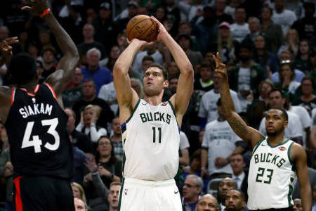 c96d1ea71108 The Brook Lopez Game 🔥