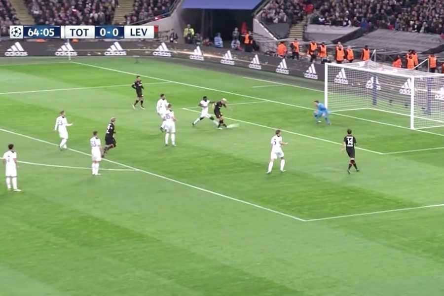 Bleacher Report | Krampl Takes Advantage of Leaky Spurs Defence