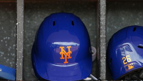 Breaking: Mets fire GM for sending explicit photos in 2016