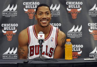 d87e8072c39 Timeline of Derrick Rose s Journey from Knee Injury to NBA Return ...