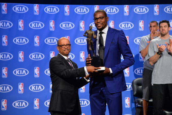 d012439f6611 Kevin Durant Gives Thanks in Emotional NBA MVP Acceptance Speech ...