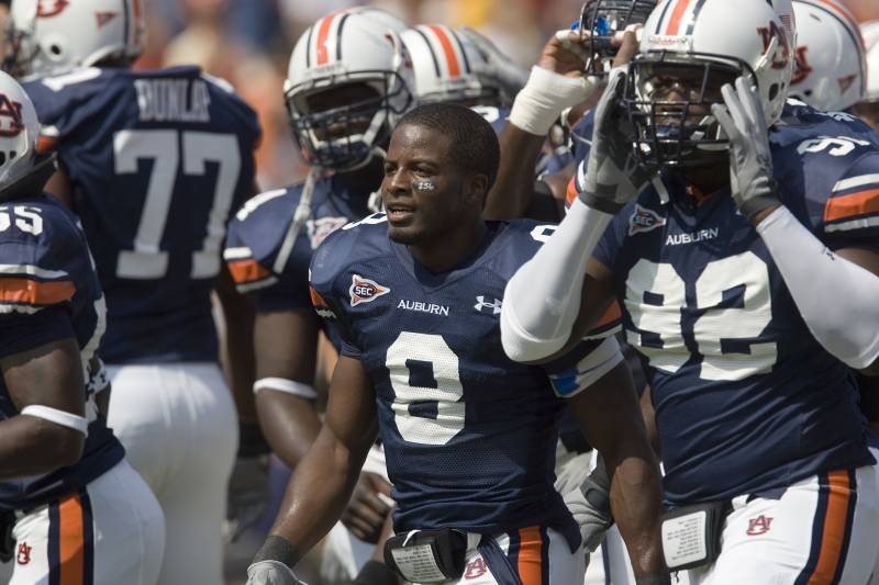 Powers (No. 8) knew he had SCT while at Auburn but didn't come to understand its affect on his ability to train until he was in the NFL.