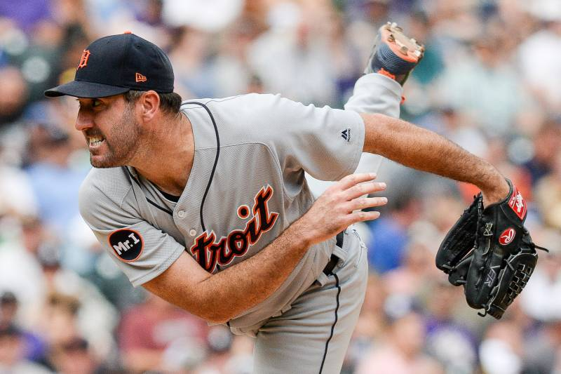 DENVER, CO - AUGUST 30: Justin Verlander #35 of the Detroit Tigers pitches against the Colorado Rockies in the fifth inning of a game at Coors Field on August 30, 2017 in Denver, Colorado.  (Photo by Dustin Bradford/Getty Images)