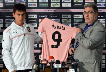 half off 5c79b b10f5 Juventus Star Paulo Dybala Is Living His Late Father's Dream ...