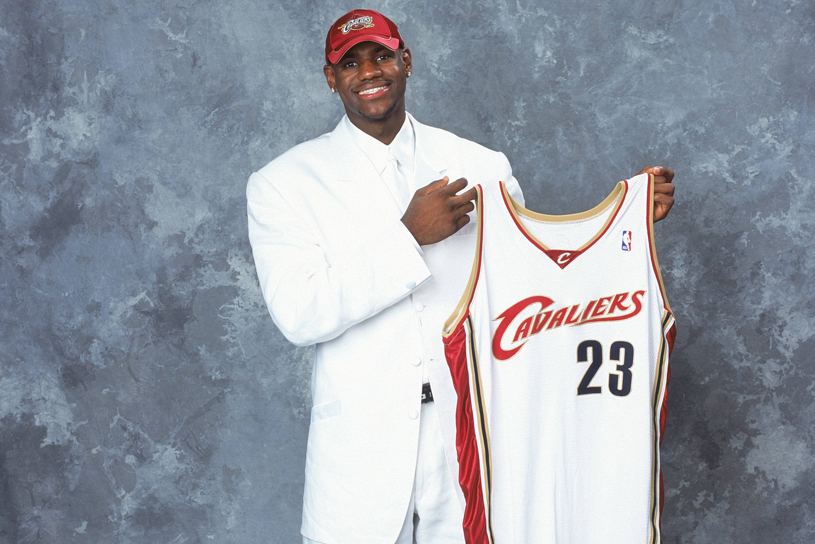 15 Years Ago, the NBA's Best Draft Class Wore the Worst Suits of ...