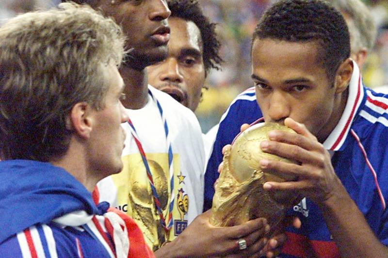 Henry and Deschamps won the World Cup together in 1998.