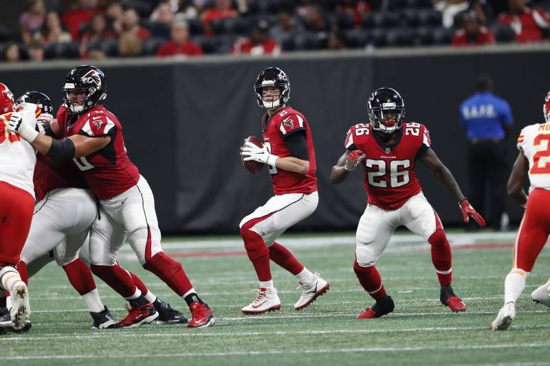 Matt Ryan appeared to be in regular-season form in completing 5-of-7 passes for 90 yards and a touchdown in a preseason game against the Chiefs.