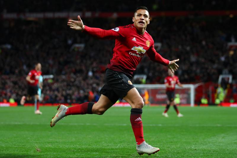 MANCHESTER, ENGLAND - OCTOBER 06:  Alexis Sanchez of Manchester United celebrates after scoring his team's third goal during the Premier League match between Manchester United and Newcastle United at Old Trafford on October 6, 2018 in Manchester, United K