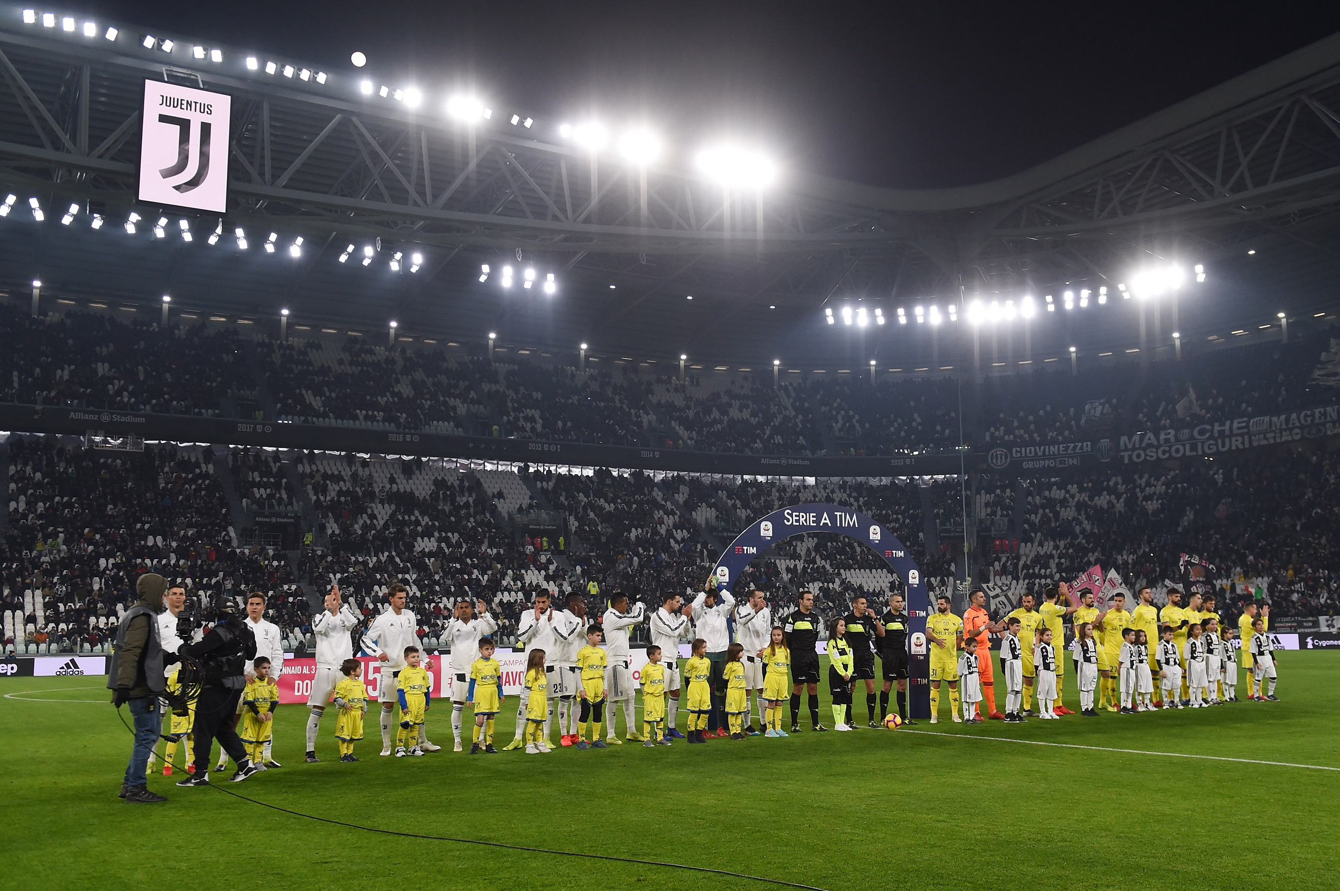 Why Are There So Many Empty Seats At Juventus Home Games Bleacher Report Latest News Videos And Highlights