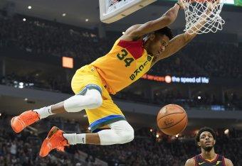 16dcb788fcd Who s Winning the MVP Debate in NBA Locker Rooms  Giannis