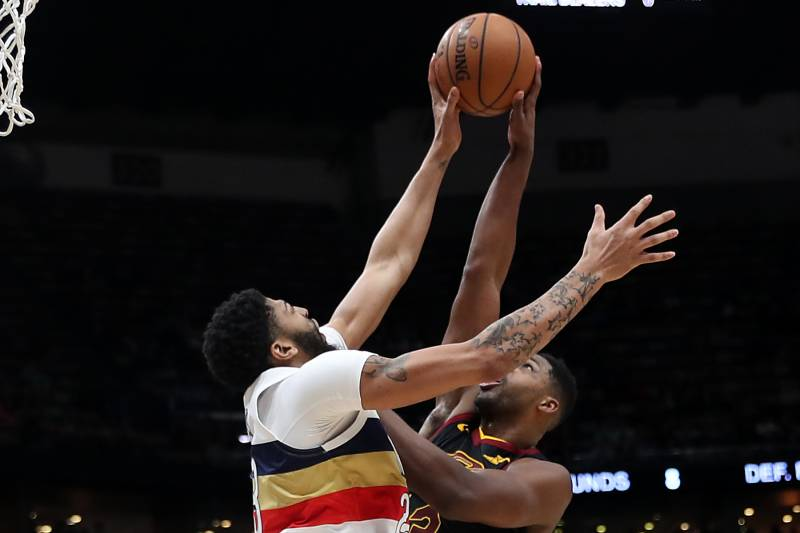 NEW ORLEANS, LOUISIANA - JANUARY 09:  Anthony Davis #23 of the New Orleans Pelicans blocks a shot by Tristan Thompson #13 of the Cleveland Cavaliers at Smoothie King Center on January 09, 2019 in New Orleans, Louisiana. NOTE TO USER: User expressly ackno