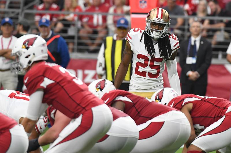 GLENDALE, AZ - OCTOBER 28:  Richard Sherman #25 of the San Francisco 49ers gets ready to rush the passer against the Arizona Cardinals at State Farm Stadium on October 28, 2018 in Glendale, Arizona.  (Photo by Norm Hall/Getty Images)