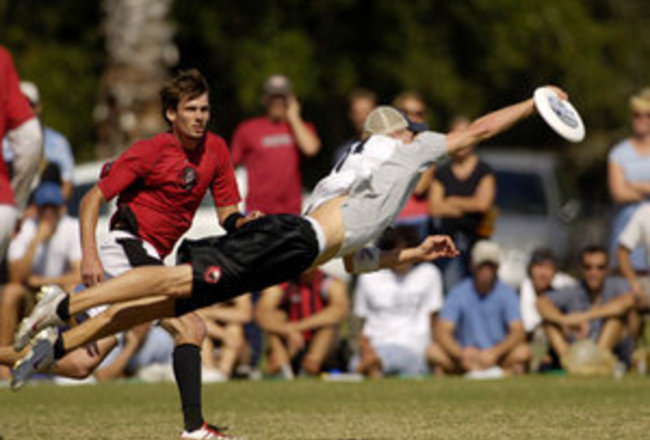 Top 10 Ultimate Frisbee Plays of All Time | Bleacher ...