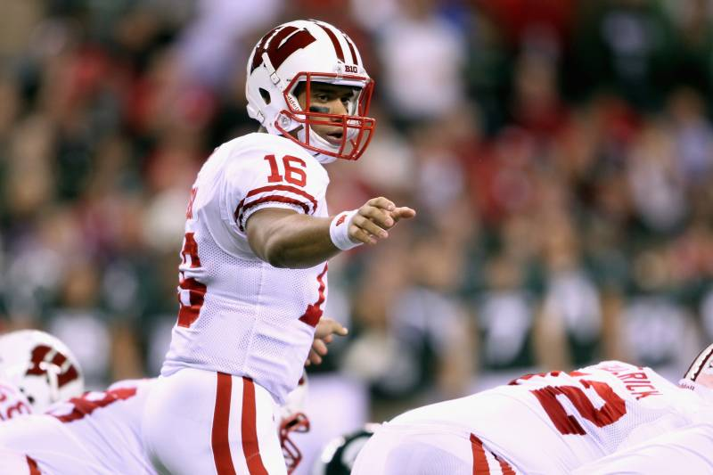 more photos 9119a c4f19 Russell Wilson Senior Bowl: A Closer Look at Wisconsin's ...