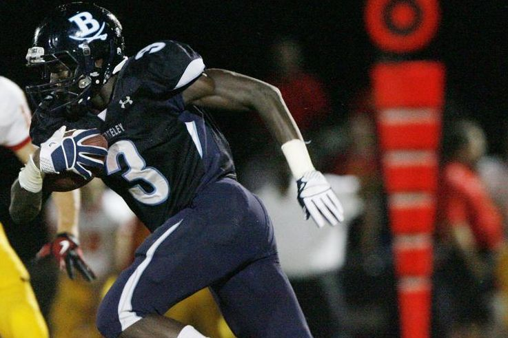 sale retailer c64d9 8df2d Nelson Agholor Signs with USC: Will He Play Wide Receiver or ...