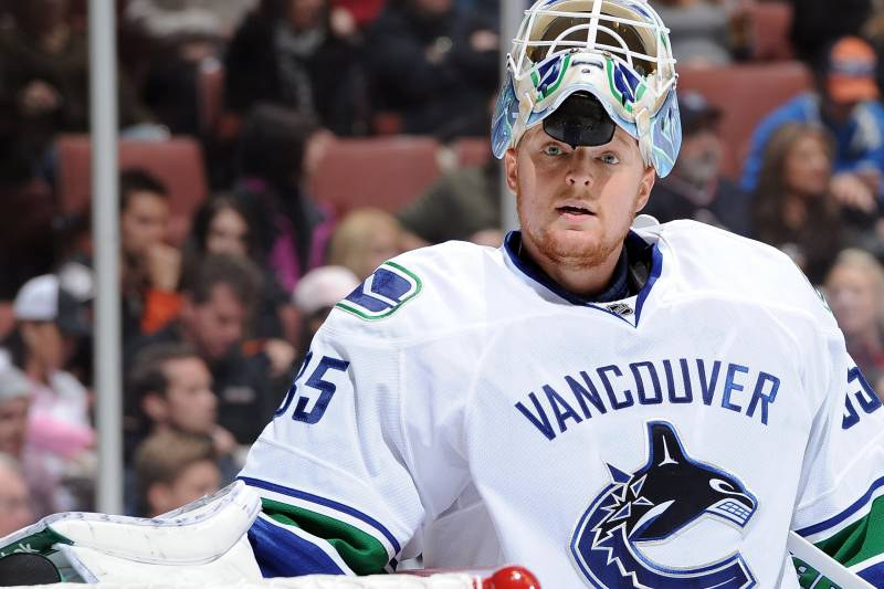 watch e6e77 72a72 NHL: Why the Vancouver Canucks Would Be Crazy to Trade Cory ...